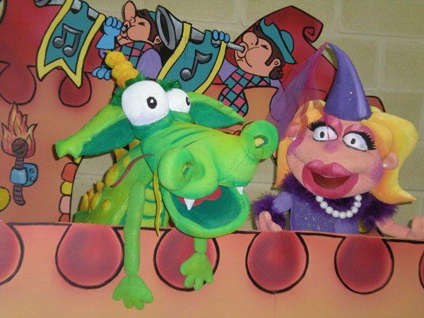 Contratar obra de marionetas y títeres infantil para colegios